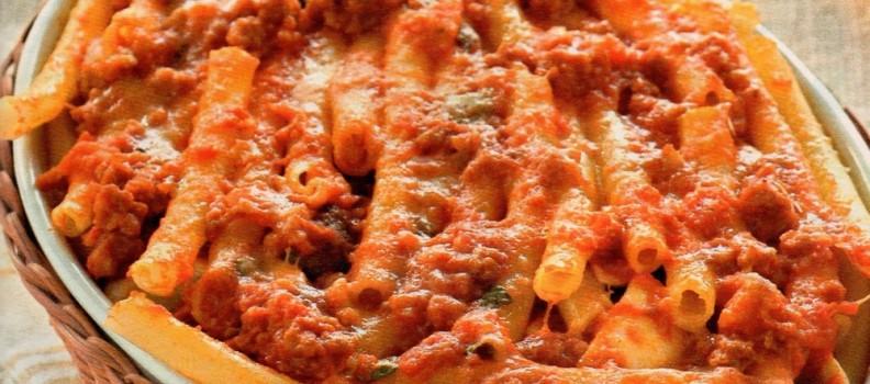 Ziti al forno con polpette (oven pasta with meatballs)